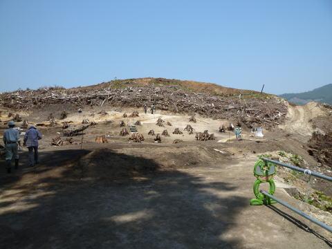 焼山遺跡 現地説明会の様子