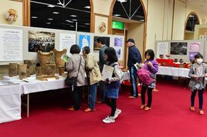 開催期間中には子供たちもたくさん来てくれました!地元の歴史にふれて、勉強になったかな? 中には数回来てくれた子もいました!嬉しいですね♪