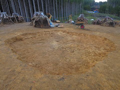 写真2 縄文時代早期前半の住居跡です。